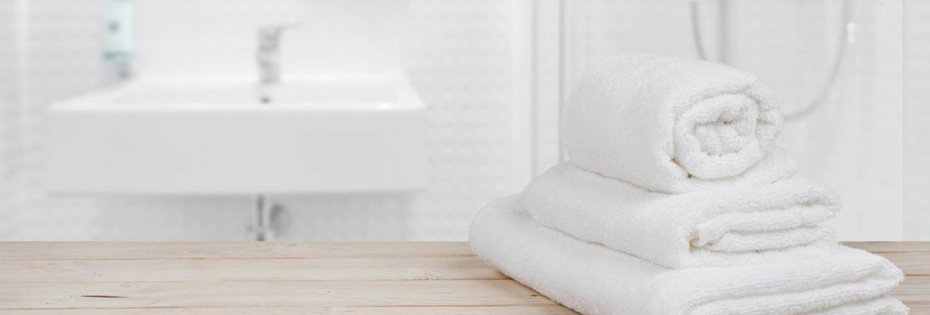 stack-of-white-towels__hero.jpg